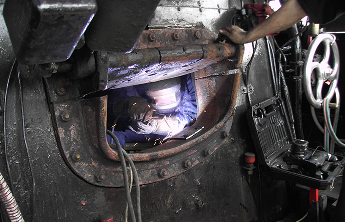http://www.fontanerialaestrella.es/wp-content/uploads/2016/11/mantenimiento-industria-zaragoza9.jpg
